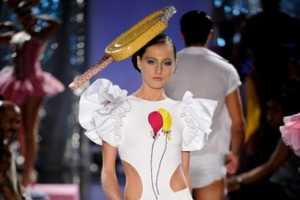 The Walerio Araujo Spring/Summer 2010 Collection Makes a Splash