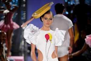 The Walerio Araujo Spring/Summer 2010 Collection Makes a Splash