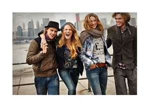 The Hugo Boss Orange Fall 2010 Campaign Features Fashionable Friends