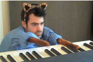 Ron Livingston Parodies the YouTube Keyboard Cat Video