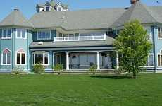 Victorian Home Auctions - The Luxurious Kenai River Estate in Alaska Goes to the Highest Bidder