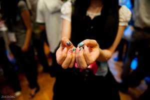Japanese Blogger Mamipeko Sports Nerdy Nails