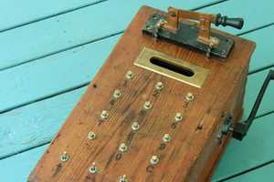 Aaron Addign Machines Recreates Calculators from the Past