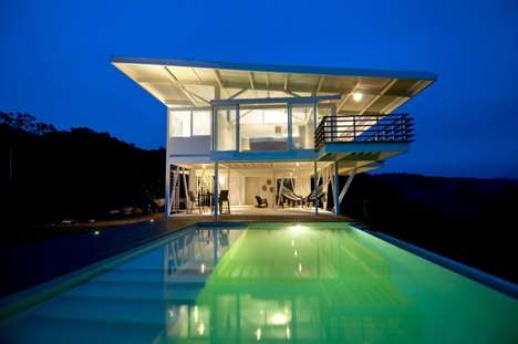 Lifeguard Tower Homes - The ISEAMI House by Robles Architects is a Perfect Vacation Getaway