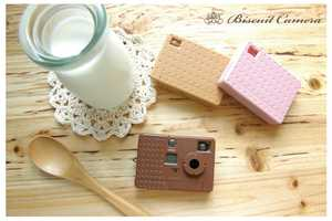 These Fuuvi Miniature Biscuit Cameras Look Good Enough to Eat