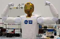 Tweeting Galactic Robots