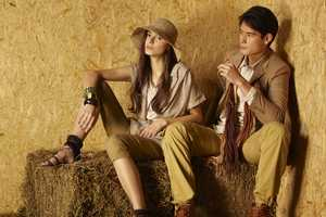 'Country Charm' for Teen Singapore Features Bales of Hay as Props