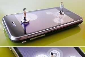 The iPawn for iPhone Uses Physical Pieces for Gaming