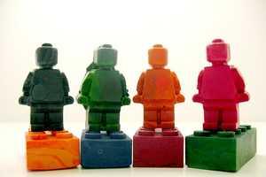 Zeebree Creates Unique Recycled Crayon Scultpures