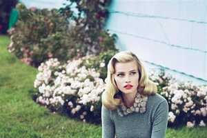 The Gorgeous Lara Stone by Mert & Marcus Vogue US September 2010 Spread