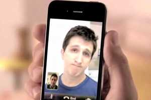 Funny or Die Mocks the iPhone 4 'Smile' Commercial