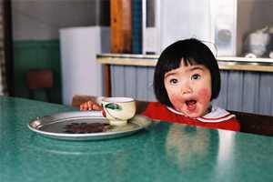 Photographer Kotori Kawashima Captures Her Daughter's Humor