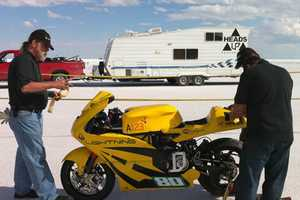 Lightning Electric Motorcycle Sets 173 MPH Land Speed Record
