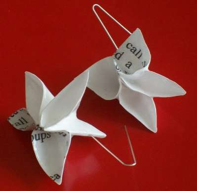 DIY Fashion Accessories - These Origami Earrings by Cynthia Devening are a Great Way to Recycle