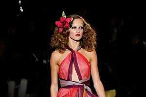 The Marc Jacobs S/S 2011 Collection Features Gorgeous Pink Hues