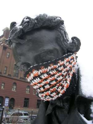 Yarn Bombing - Knit Graffiti is the New Spray Paint