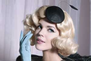 The Kanarek 'Elegant 50s' Shoot is Classy and Cultivated