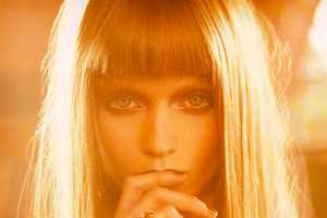 Abbey Lee Kershaw Shines in 'Golden Light'