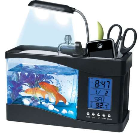 Computer-Powered Aquariums - The USB Desktop Aquarium is the Ultimate Desk Accessory