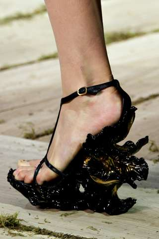 Alexander McQueen Spring 2011 Shoes 9