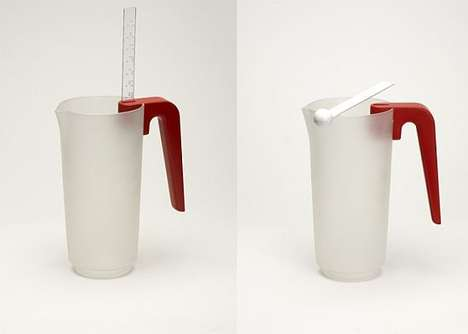 Diagonally Delineated Pitchers Angle Measuring Cup
