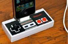 Old School Gaming Chargers - This Nintendo Controller i-Dock Recharges Your iPhone in Retro Fashion