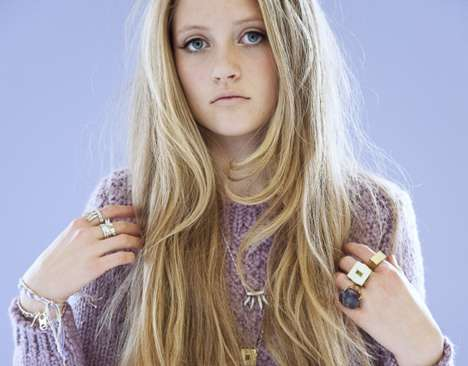 Rapunzel-Inspired Lookbooks - The D_Luxe 2011 Jewelry Collection Shows Plenty of Girlish Charm