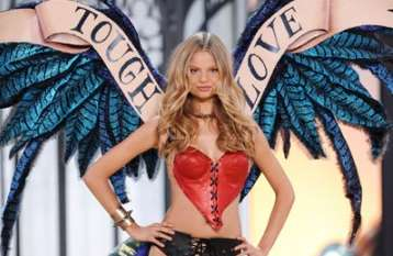 victorias secret nyc runway