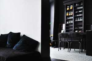 The 'Sleep in the City' Apartments Juxtapose Black and White