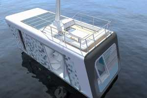 Feel in Touch with Nature in the Floating Studio Flat