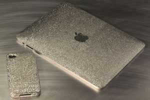 Sparkle & Shine with the Crystograph Ice iPad iPhone 4 Edition