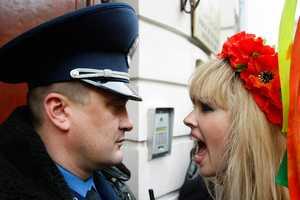 Boston.com Captures Piercing Protest Pictures