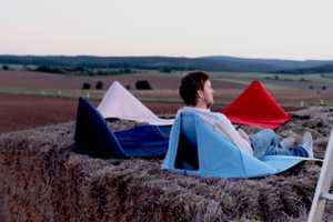 The FIDA Mat Lets You Enjoy the Outdoors Upright