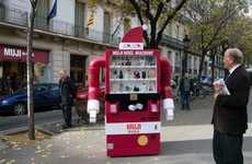 Santa Vending Machines - The Muji Christmas Machine Bring Cheer and Festivity to Barcelona