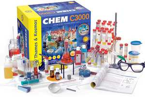 The Chem C3000 Set Offers an Advanced Scientific Experience