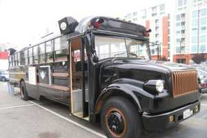 The Le Truc Bus is a Mobile Meal-Serving Restaurant