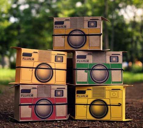 Pinhole Polaroids - Take Old School Pictures with the Cardboard 'Flutter in Pinhole' Camera