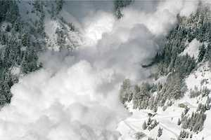 Yann Gross Takes Us into the Intensity of an Avalanche