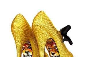 'Taylor Says' Creates One-of-a-Kind Killer Heels