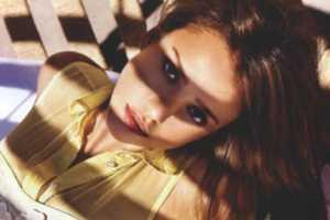 The Jessica Alba Harper's Bazaar Australia Fashion is Calm