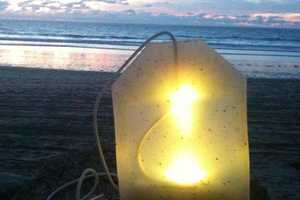 The Teabag Lamp Infuses a Warm Glow on a Cool Night