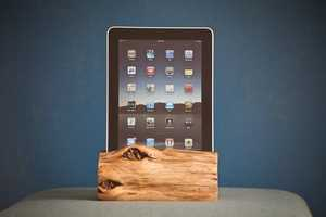 The Woodtec iPad Docking Station Gets in Touch With Nature