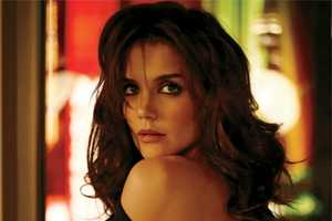 The Katie Holmes ELLE Cover Shoot is Elegant and Sophisticated