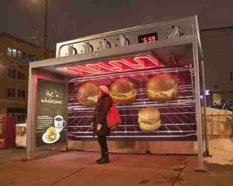 People-Warming Ovens - Caribou Coffee Bus Shelters Promote 'Hot 'n Wholesome' Menu