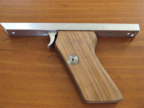 DIY Toy Pistols