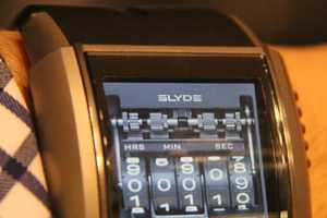 The Stylish HD3 Slyde Watch Comes at a Price