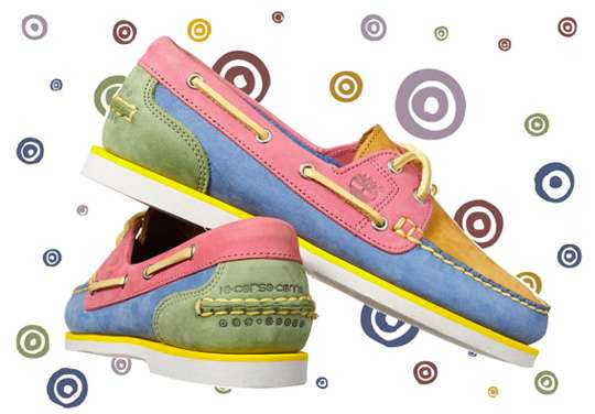 Colorful Sailing Kicks