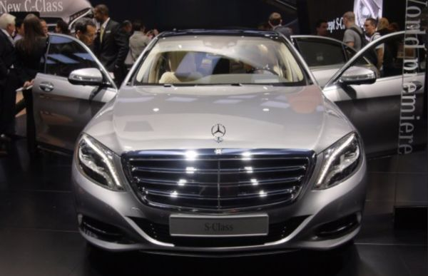 Futuristic relaxing luxury cars 2014 mercedes benz s600 for Mercedes benz 2014 s600