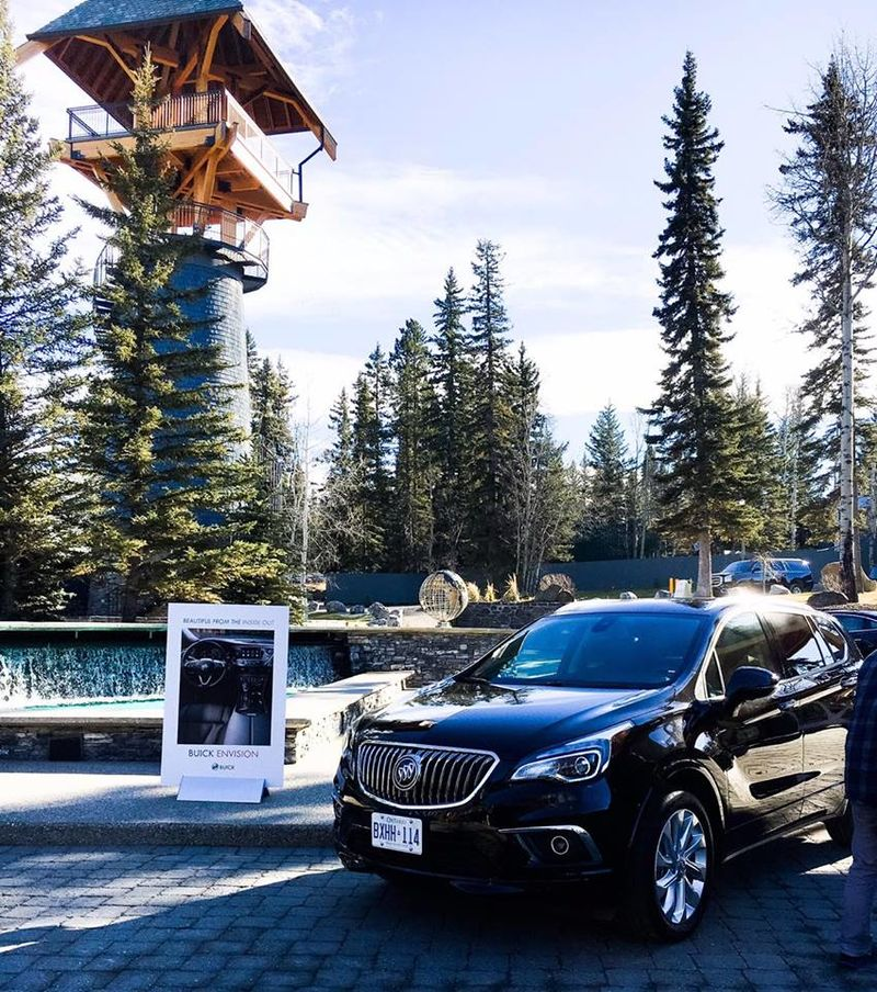Luxury Estate Car Retreats