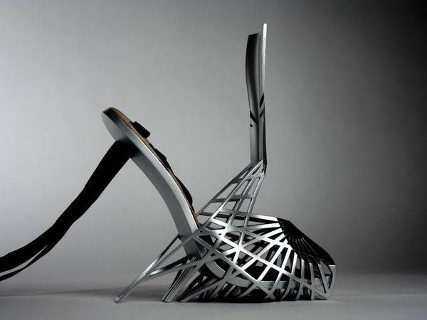 Titanium 3D-Printed Heels